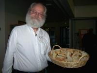 hh-em-2012-9-volunteer