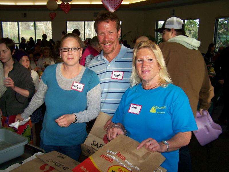 hh-eb-2012-4-guest-volunteers